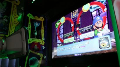 Luigi's Mansion Arcade - Simple or Normal controls?