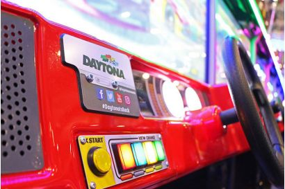 Daytona Championship USA DLX - Closeup of the control panel