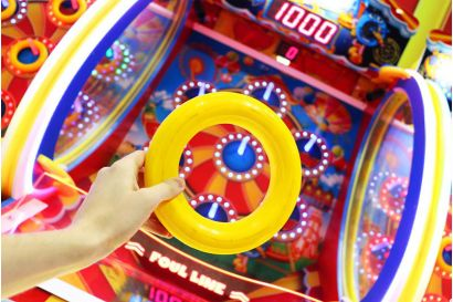 Hoopla - Closeup of the hoop and playfield